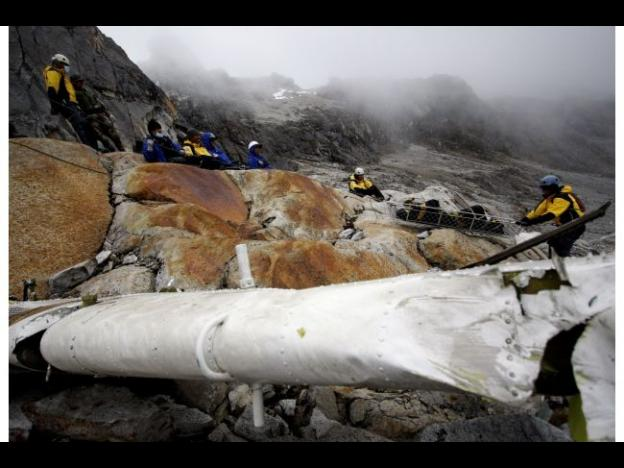 Peru authorities begin investigation into Cusco helicopter crash