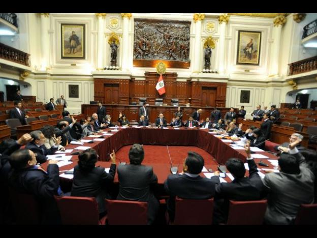 Peru Congress approves bill banning convicted terrorists from traveling abroad