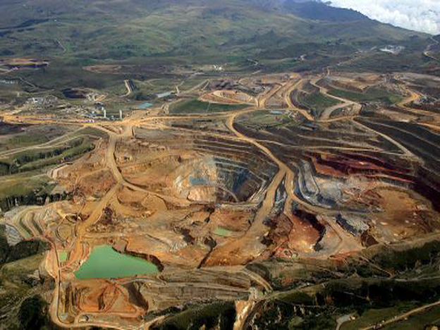 Flexible norms allow Peruvian mining companies to pass environmental regulations