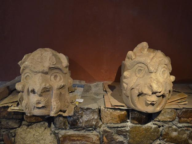 Archeologists discover two stone sculptures at Chavin de Huantar in Ancash