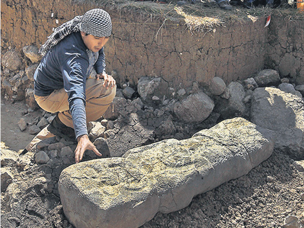 Archaeologists find ancient jaguar monolith in northern Peru