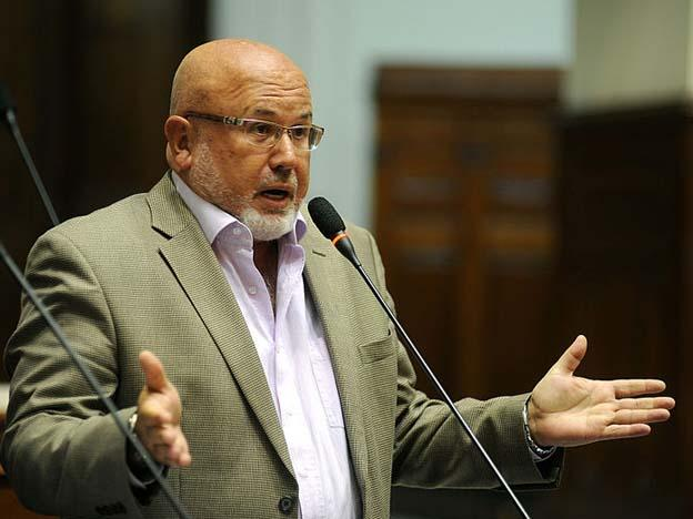 Peruvian congressman proposes legalized civil unions for gay couples
