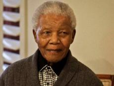 Nelson Mandela dies of lung failure, aged 95