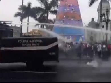 Demonstration in Lima center turns violent