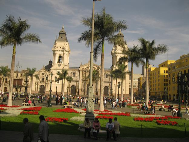IMF: Peru's economy set to be top performer in Latin America for 2014