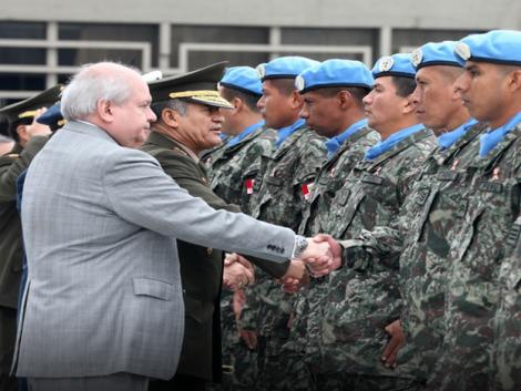 Peruvian peacekeeping troops receive send-off