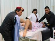 Peruvian police receive emergency training in delivering babies