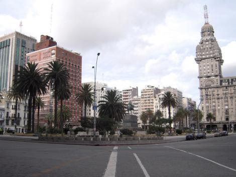 Leaving Peru: Montevideo, a city that moves at its own pace