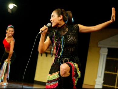 Renowned Peruvian folk singer performs at Unesco's headquarters