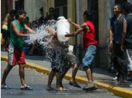 Lima lost 120 millon liters of water to Carnival last year