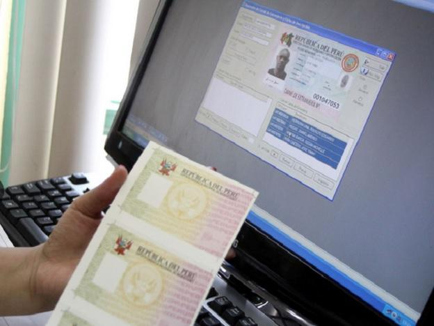 Electronic passport verification systems installed in Jorge Chávez Airport