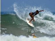 Peruvian surfer Miluska Tello wins Rip Curl Pro Junior Series
