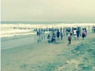 El Comercio via WhatsApp: Human chain saves four lives at Arica beach