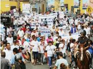 SJL mayor leads march causing 6 hours of traffic in downtown Lima