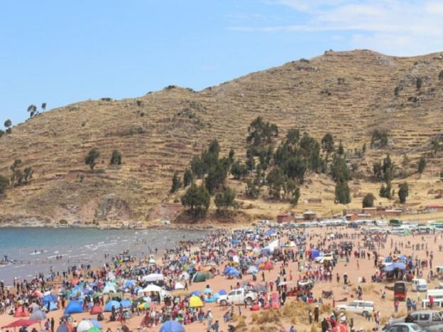 Lake Titicaca's beauty pageant