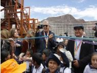 Mario Testino inaugurates playground near Cusco