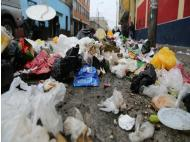 Trash piling up in downtown Lima