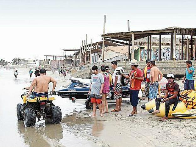 Mancora: Place of paradise or chaos?
