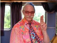 Patch Adams comes to cheer up Lima