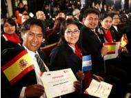 Peru grants 130 scholarships for students to go abroad
