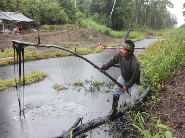 Oil spills are contaminating the Amazon river and affecting the indigenous community. (Photo Courtesy of Peru This Week)